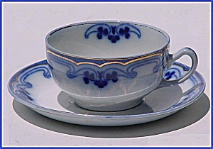 Flow Blue: THE OLYMPIC (IDRIS) cup and saucer (Image1)