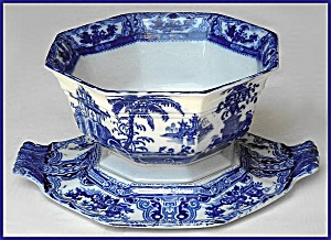 Flow Blue: KYBER octagonal bowl and undertray (Image1)