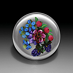 Ken Rosenfeld 2006: Flowers & berry bouquet paperweight (Image1)