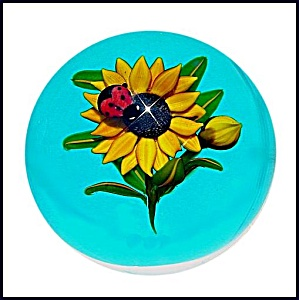 Ken Rosenfeld 2007: Ladybug on sunflower paperweight (Image1)