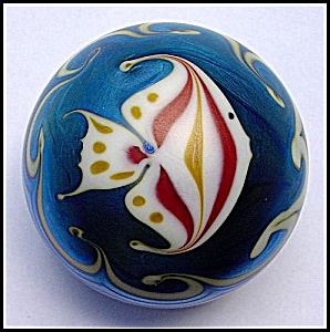 Steve Smyers 1976: Angel fish paperweight (Image1)