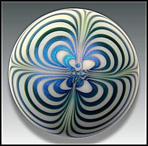 Steve Smyers 1976: Art nouveau design paperweight (Image1)