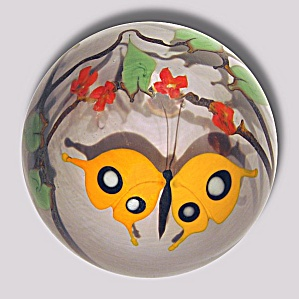 Bridgeton Studio: Yellow butterfly paperweight (Buzzini) (Image1)