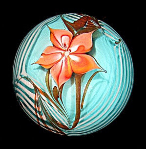 Bridgeton Studio: Floral and vines paperweight (Wille) (Image1)