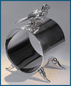Vintage Sterling Silver figural napkin ring (Image1)