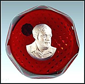 D'Albret 1968: Ernest Hemingway paperweight (Image1)