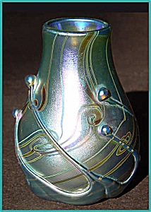 Early Lundberg Studios vase (Image1)