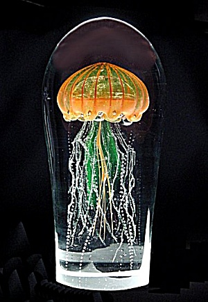Jellyfish artglass sculpture (Maker unknown [Czech?]) (Image1)