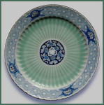 Click to view larger image of Antique Japanese Imari/Arita charger, signed (Image1)