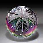 Karel Hanzl: Star lily paperweight
