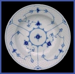 Click here to enlarge image and see more about item HT025a: Bing and Grondahl  Blue Traditional soup bowl