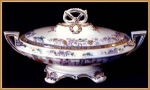 Click here to enlarge image and see more about item Z030: Early Staffordshire polychrome covered server