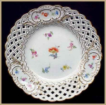 Click here to enlarge image and see more about item Z478c: Meissen hand-painted reticulated plate