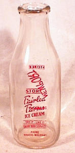 NEWPORT DAIRY/FAIRLEA FARMS QT MILK BOTTLE (Image1)