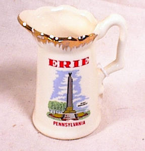 CERAMIC CREAMER SOUVENIR OF ERIE PA (Image1)