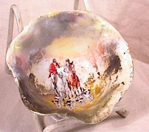 ROYAL BAYREUTH FOOTED  BOWL~ HUNT SCENE~1800' (Image1)