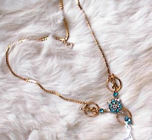 VINTAGE BLUE  & CLEAR RHINESTONE NECKLACE (Image1)