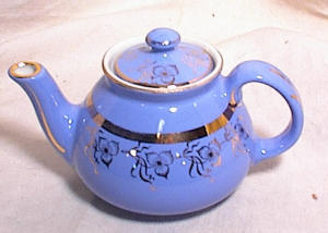 2 CUP HALL TEAPOT~BLUE & GOLD (Image1)