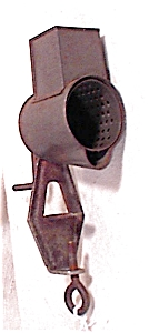 CLAMP STYLE NUTMEG GRATER - 1800'S (Image1)