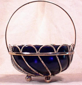 ENGLISH SILVER PLATE BASKET~COBALT LINER (Image1)