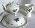 Click here to enlarge image and see more about item 1690: JOHNSON BROS 5 PIECE BREAKFAST SET (circa 190