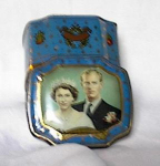 Click here to enlarge image and see more about item me590: CORONATION SOUVENIR TOFFEE TIN
