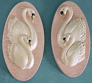 Vintage Pair of Plaster Swan Plaques (Image1)