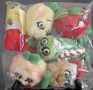 6 Plush Del Monte Fruit Veggie Christmas Ornaments