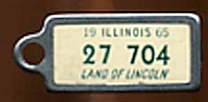 Key Chain: Vintage Miniature License Plate 1965 (Image1)