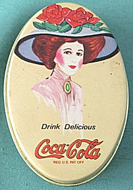 Small Tin Coca-Cola Sewing Kit (Image1)