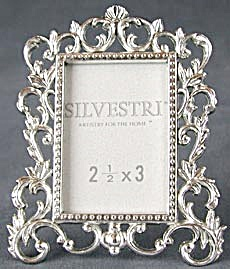 Picture Frame Metal Leaf & Scroll Design (Image1)