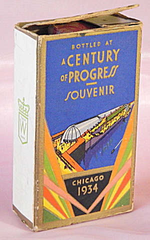1934 Chicago World's Fair Whisky Bottle in Box (Image1)