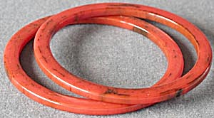 Vintage Red Bakelite Bangle Bracelet  Set of 2 (Image1)