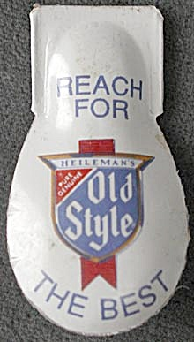 Vintage Heileman�s Old Style Beer Advertising Clicker (Image1)