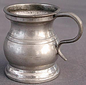 Antique Pewter Half Gill Measure (Image1)