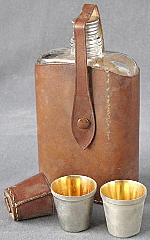Vintage Glass Bottle Flask/Leather Cover/2 Shot Glasses (Image1)