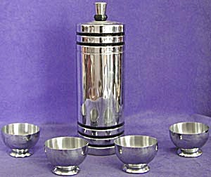 Vintage Art Deco Chase Cocktail Shaker & 4 Glasses (Image1)