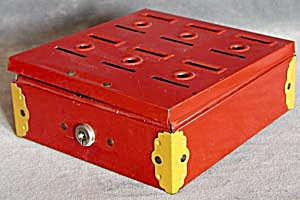 Vintage Red Metal Home Budget Bank (Image1)