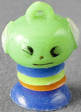 Vintage Plastic Martian Gumball Charm (Image1)