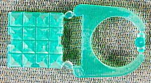 Cracker Jack Toy Prize:Pink Snap Together Jewel Ring (Image1)