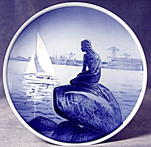 The Little Mermaid: Royal Copenhagen Plate (Image1)