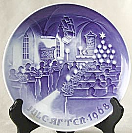 Bing and Grondahl Christmas in Church Plate (Image1)