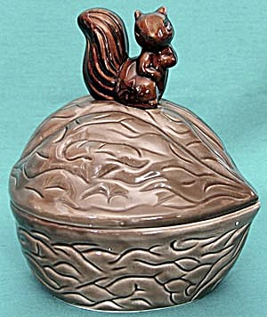 Vintage China Covered Nut Dish with Squirrel Handle (Image1)