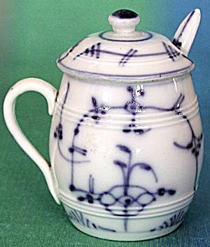 Blue Onion Mustard Pot with Ladle (Image1)