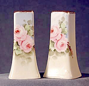 Limoge Hand Painted Rose: Salt & Pepper Shakers (Image1)