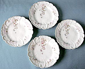 Violet Wildflower Cake Plates (Image1)