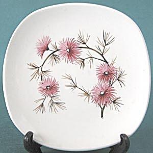 Vintage Aster Dishes (Image1)