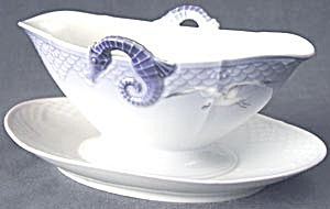 Bing Grondahl Seagull Gravy Boat & Attached Underplate (Image1)
