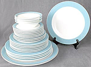 Vintage Pyrex Turquoise And Gold Band Dishes