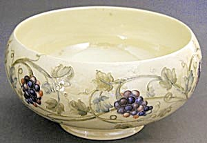 Vintage Moorcroft Luster Grape Bowl